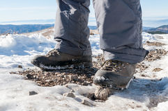 Gambe e stivali di escursione Fotografia Stock Libera da Diritti