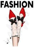 Gambe femminili in scarpe alla moda con i talloni ed i calzini del pizzo Modo e stile, abbigliamento ed accessori calzatura Illus Immagine Stock Libera da Diritti