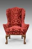 Gambe scolpite ricoperte oggetto d'antiquariato della sedia di ala isolate con PA della clip Immagine Stock