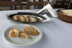 Gamberetti in taverna greco, frutti di mare Fotografie Stock