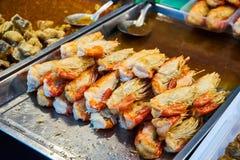 Gamberetto al forno nel mercato Bangkok Tailandia Immagine Stock