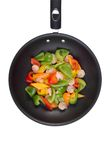 Gamberi e peperoni dolci in Wok Immagini Stock Libere da Diritti