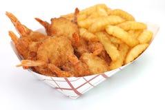 Gambero e patate fritte fritti Immagine Stock Libera da Diritti