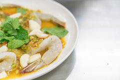 Gambero in salsa di pesci fotografie stock