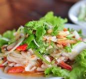 Gambero tailandese e calamaro dei frutti di mare dell'insalata dell'alimento squisiti Immagini Stock