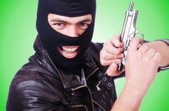 Gamberro joven con el arma aislado en blanco Imagenes de archivo