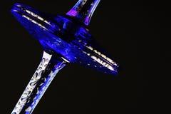 Gambi e una base di 2 vetri blu del champagne Fotografia Stock Libera da Diritti
