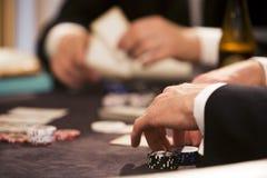 gamblin играя таблицу покера Стоковые Фото
