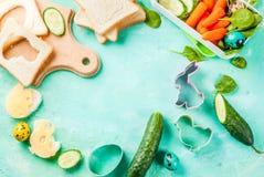 Gamelle créative de petit déjeuner d'enfants pour Pâques Photo libre de droits