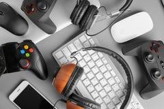 Gamepads, мыши, наушники и клавиатура Стоковое фото RF
