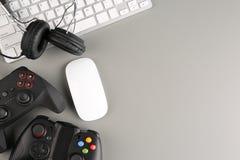 Gamepads, мышь и наушники Стоковое фото RF