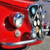 Gamine är en liten med motorn bak bil som baseras på Fiat 500 Royaltyfria Foton
