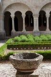Gamla Abbey Garden Arkivfoton
