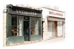 Gamla antikviteter shoppar yttersida Arkivbilder