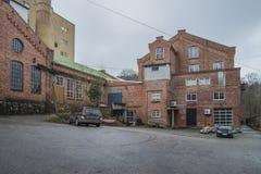 Gamla avlagda fabriksbyggnader Arkivbilder