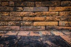 Gamla bakgrunder för tegelstenvägg Royaltyfri Foto