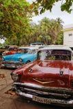 Gamla bilar av havannacigarren royaltyfri foto
