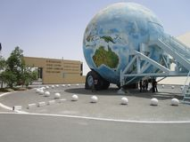 Gamla bilar på bilmuseet på Abu Dhabi fotografering för bildbyråer