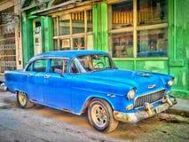 Gamla blåa Chevrolet Arkivfoto