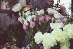 Gamla blommabakgrunder för tappning Arkivfoto