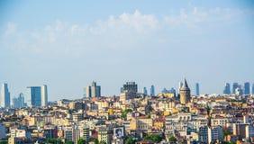 Gamla byggnader i Istanbul Royaltyfri Foto