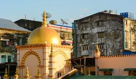 Gamla byggnader i Yangon Royaltyfri Foto