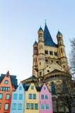 Gamla byggnader med brutto- St Martin i Cologne fotografering för bildbyråer