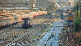 Gamla diesel- lokomotiv och drev i Bangkok Royaltyfri Bild