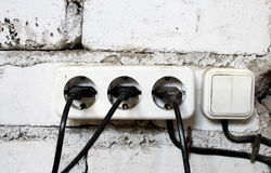 Gamla elektriska strömbrytare Royaltyfri Bild
