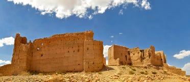 Gamla ensamma byar av Morokko Arkivfoto
