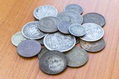 Gamla förföll mynt USSR-mynt och silvermynt Arkivbilder