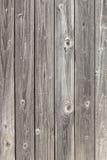 Gamla gråa plankor royaltyfri bild