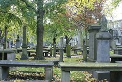 Gamla gravstenar i Kirken av St Nicholas i Aberdeen, Skottland Royaltyfria Foton