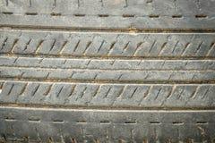 Gamla gummihjul för bakgrund Arkivfoto