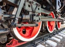 Gamla hjul för rörlig motor för ånga Royaltyfria Bilder