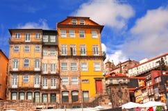 Gamla hus i Porto, Portugal Royaltyfri Fotografi