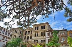 Gamla hus och gator i Tirilye arkivfoton