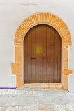 Gamla ingångsdörrar i Sitges, Spanien Royaltyfri Bild
