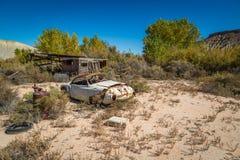 Gamla klassiska bilar och lastbilar Fotografering för Bildbyråer