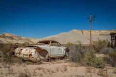 Gamla klassiska bilar och lastbilar Arkivfoton