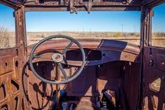 Gamla klassiska bilar och lastbilar Royaltyfri Fotografi
