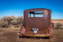 Gamla klassiska bilar och lastbilar Royaltyfri Foto
