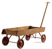 Gamla leksakbarns trävagn som isoleras på vit Royaltyfri Fotografi