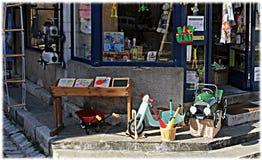 Gamla leksaker shoppar Royaltyfri Fotografi