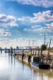 Gamla Lillo och modern hamn Royaltyfria Bilder