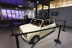Gamla Mini Cooper i utställningen Royaltyfria Foton