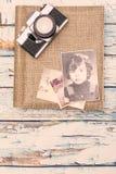 Gamla minnen för fotografialbum Royaltyfri Bild