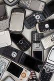 Gamla mobiltelefoner - mobiltelefoner Fotografering för Bildbyråer
