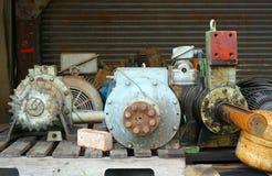 Gamla motorer och vinscher Arkivbilder