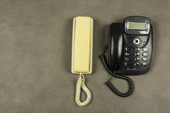 Gamla motsvarighettelefoner Arkivbild